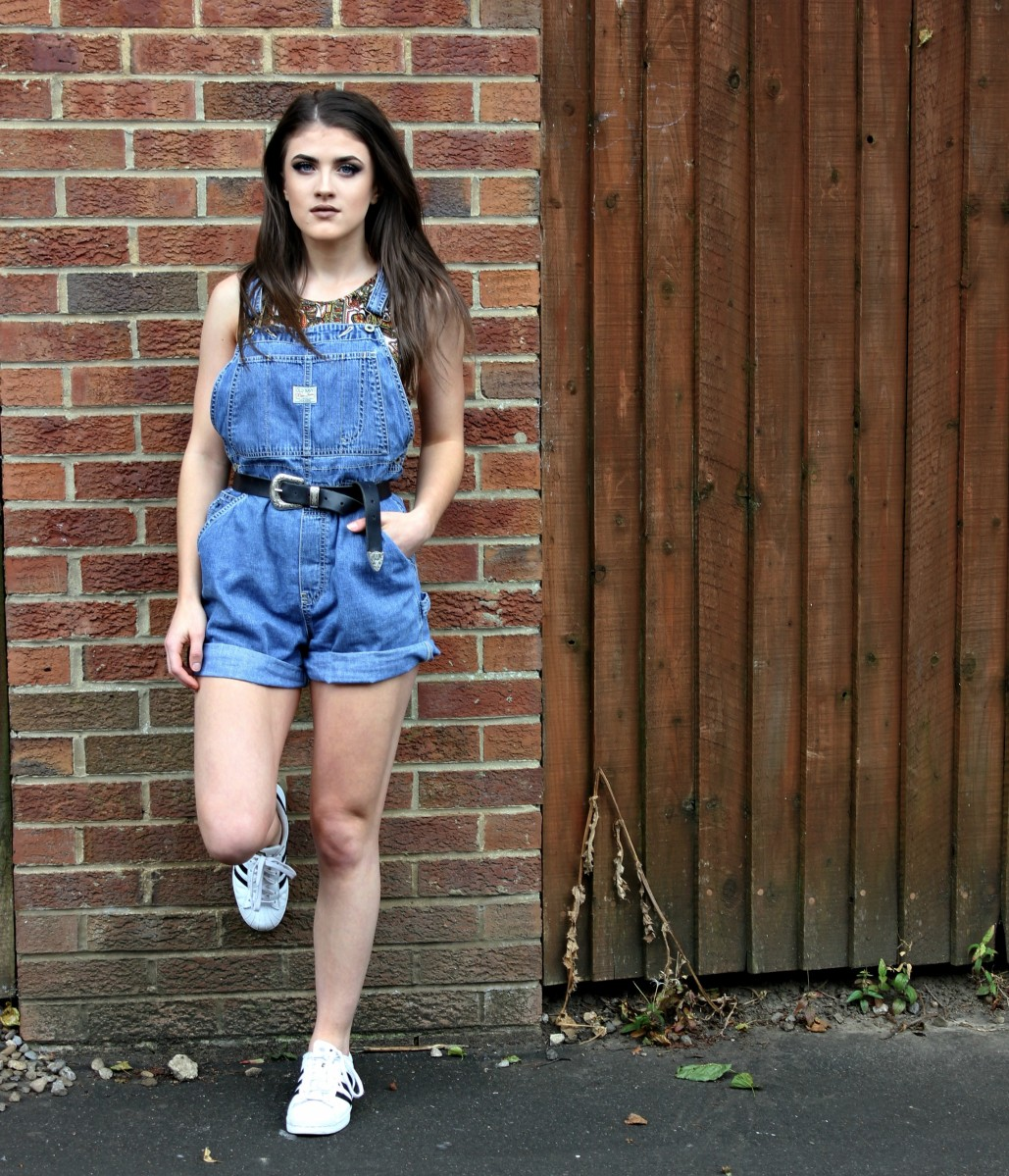 THE SHORT DUNGAREE